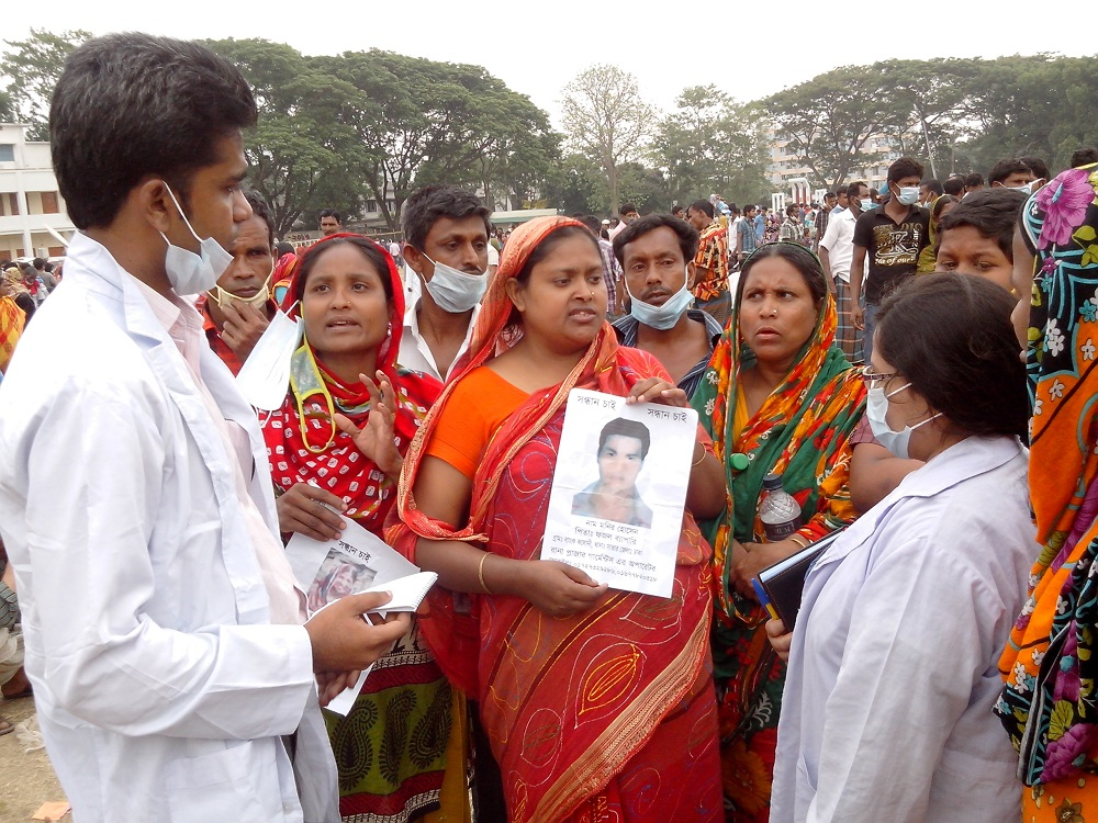 BRAC Psychosocial support team counselling families of the missing at Adhar Chandra High School. (Photo: BRAC)