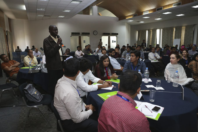 James Onyutta from Musoni (Kenya) shares his thoughts on the discussions about mobile money