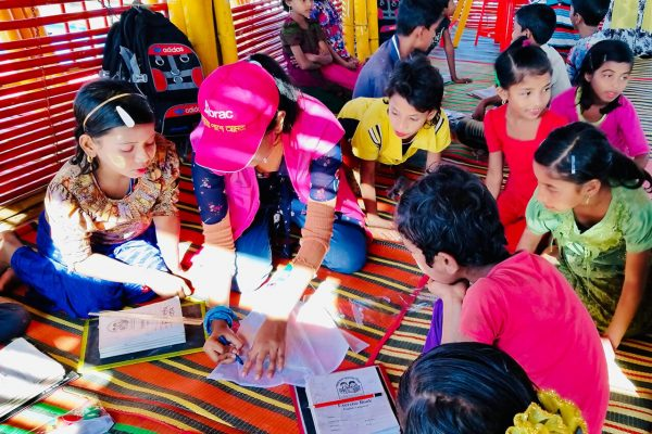 Finding hope in bright colours in a Rohingya refugee camp