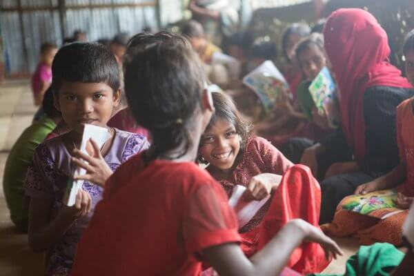 Keeping the kids in school: 200 learning centres for Rohingya children